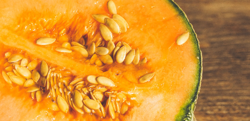can a person with diabetes eat cantaloupe?