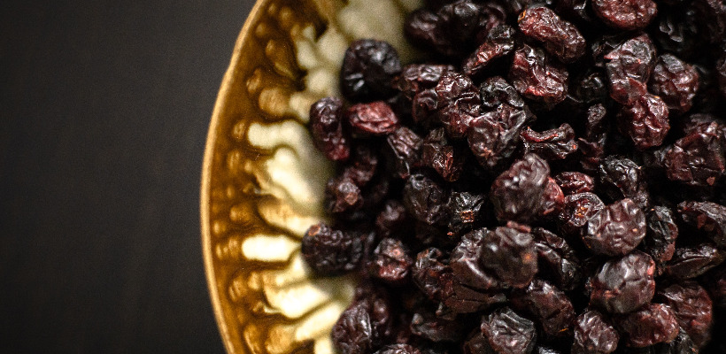 can a person with diabetes eat raisins?